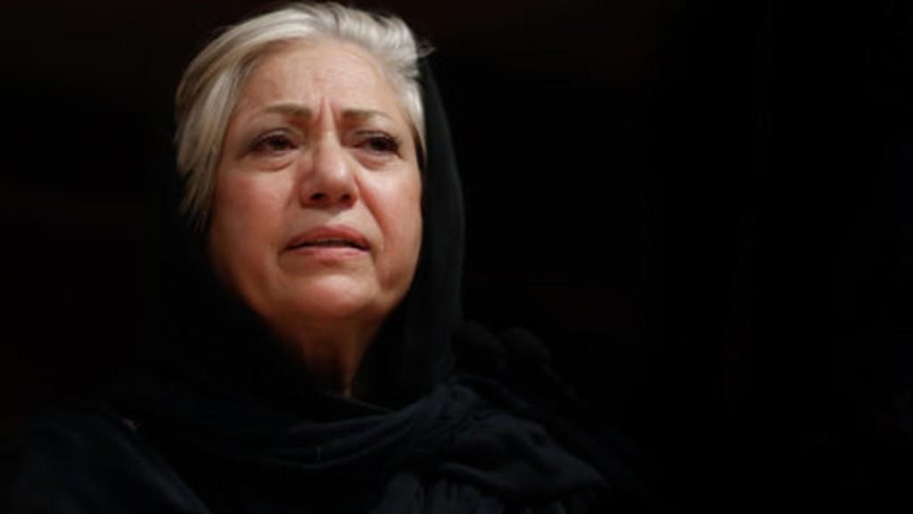 رخشان بنی اعتماد که در پی اعتراض به پنهانکاری در سرنگون کردن هواپیما بازداشت شده بود، آزاد شد