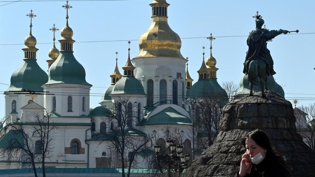 Украина сегодня выбирает местную власть на 5 лет и отвечает на 5 вопросов