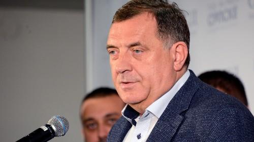 Bosnie: les élus serbes décident de bloquer le gouvernement central