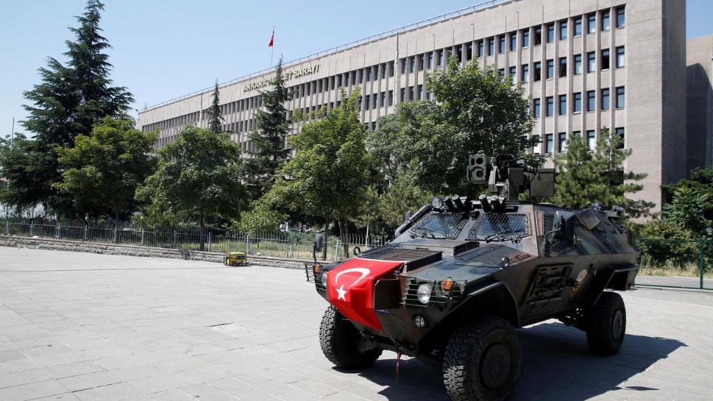 Putsch manqué en Turquie: 27 personnes condamnées à la prison à vie