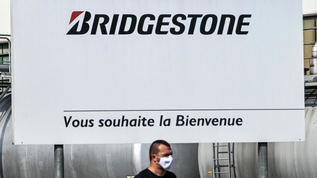 French ministers furious over 800 Bridgestone layoffs