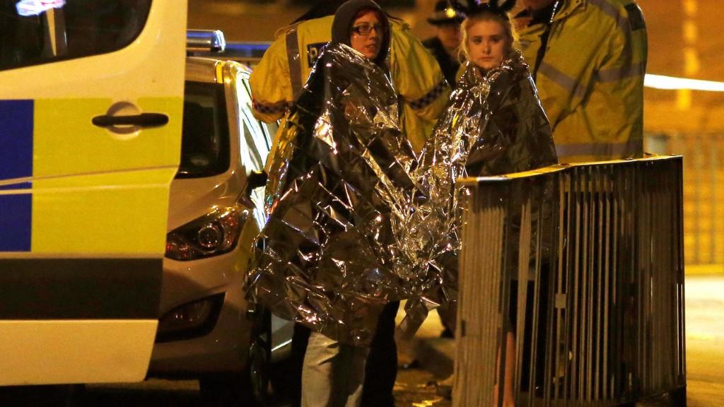 Royaume-Uni: attentat-suicide lors d'un concert à Manchester