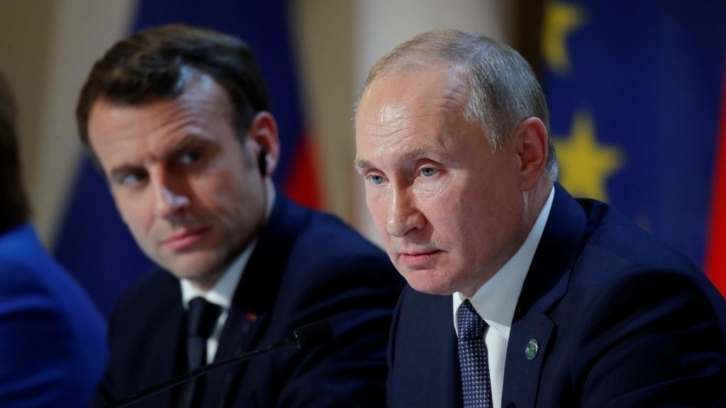 France's Macron calls for dialogue to end Belarus post-election violence