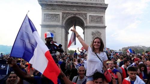 La France championne du monde de football, la joie des supporters