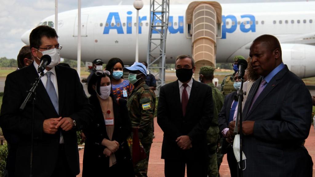 L'UE lance un pont aérien humanitaire vers la Centrafrique