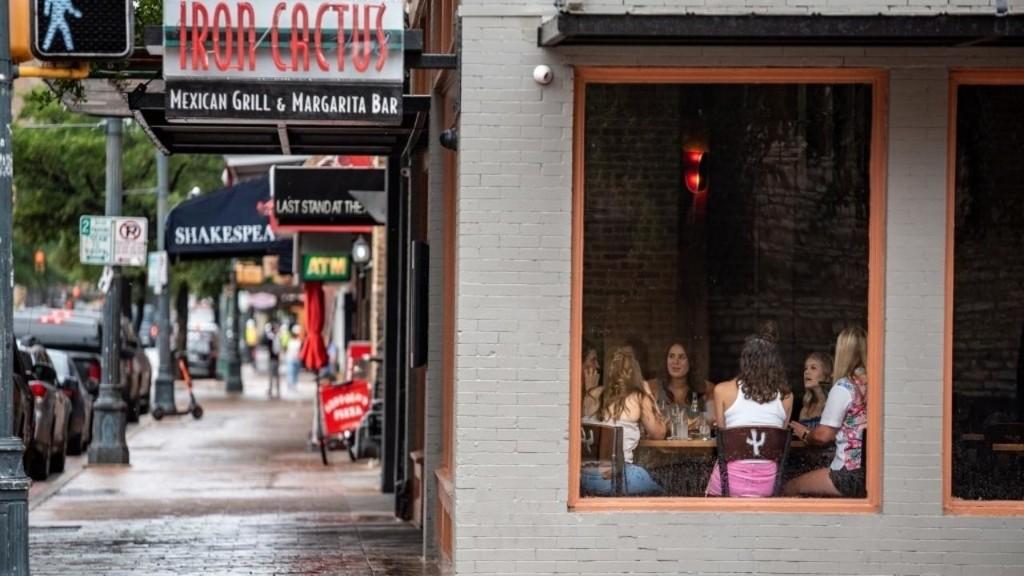 Covid aux États-Unis: réouverture des restaurants et salles de sport au Texas