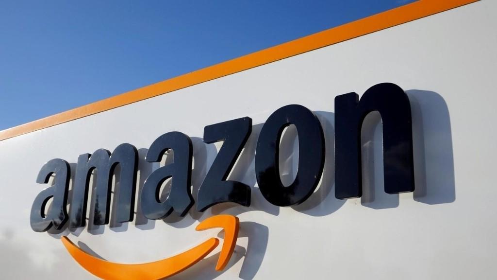 Coronavirus aux États-Unis: des salariés d'Amazon portent plainte contre leur entreprise