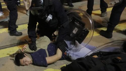 Pékin change de stratégie de communication sur les manifestations à Hong Kong