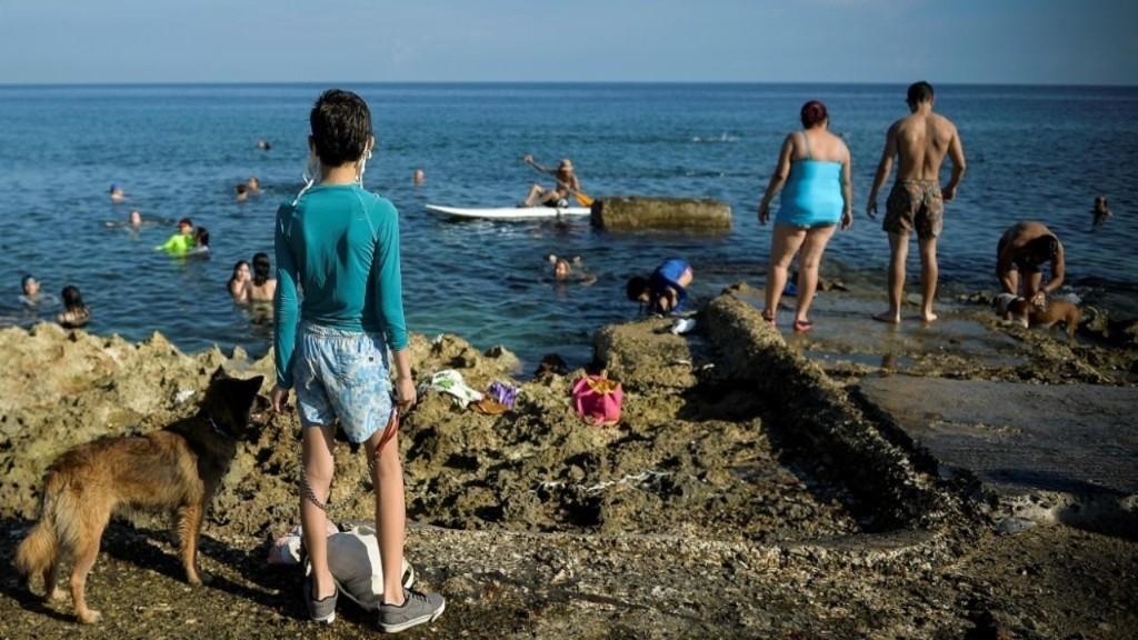 Coronavirus à Cuba: la population soulagée après le déconfinement de La Havane