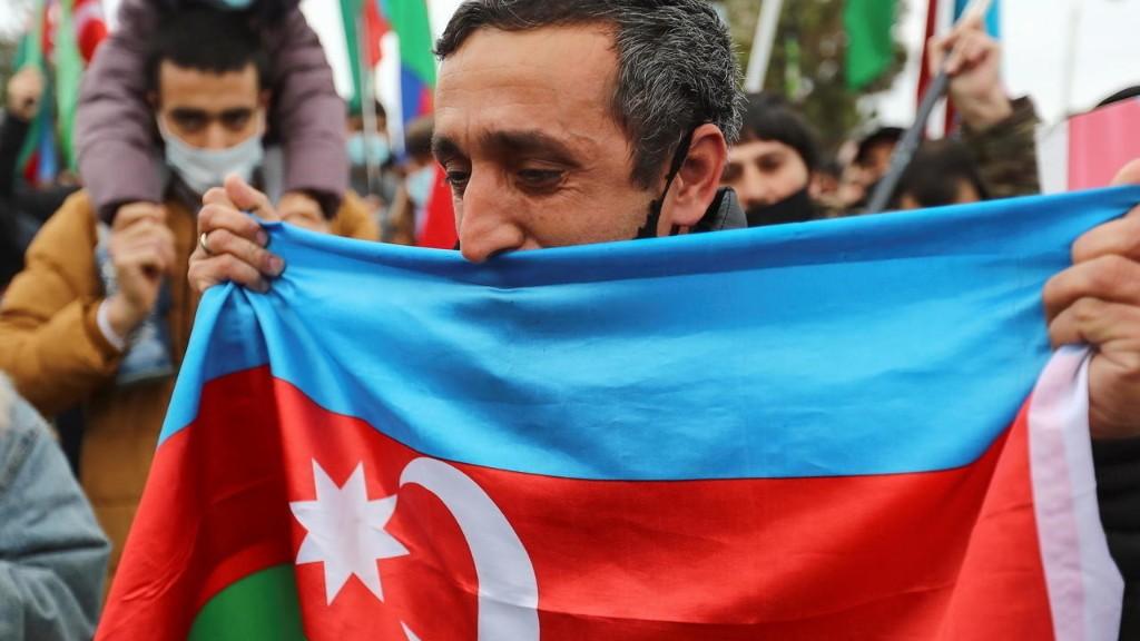 Азербайджан впервые официально обнародовал число погибших в Нагорном Карабахе
