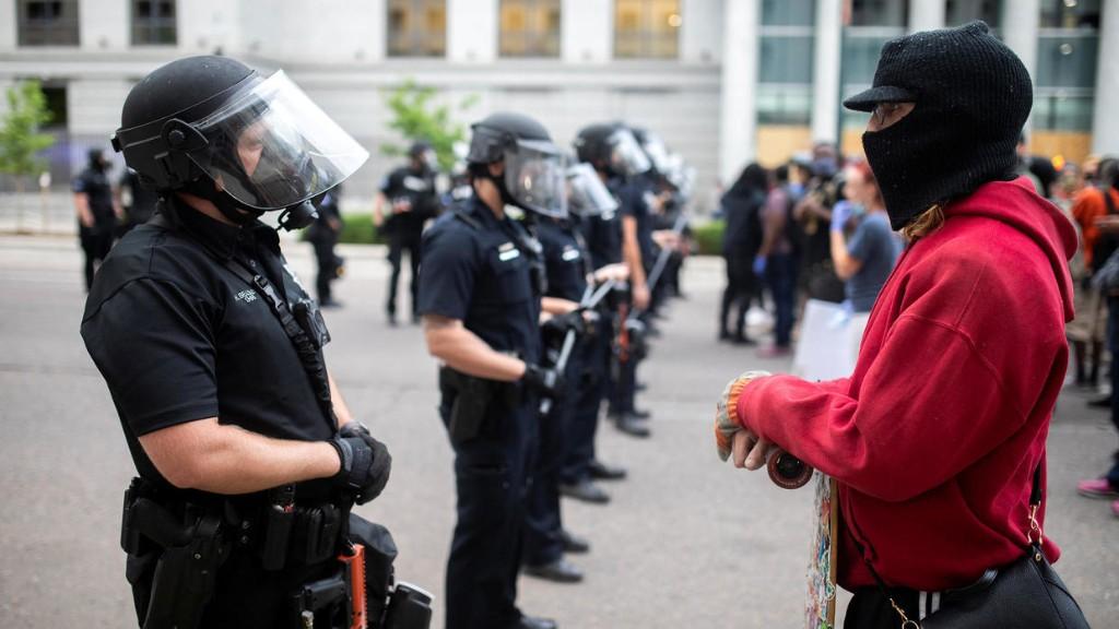 Comment les Chinois observent très attentivement les manifestations américaines