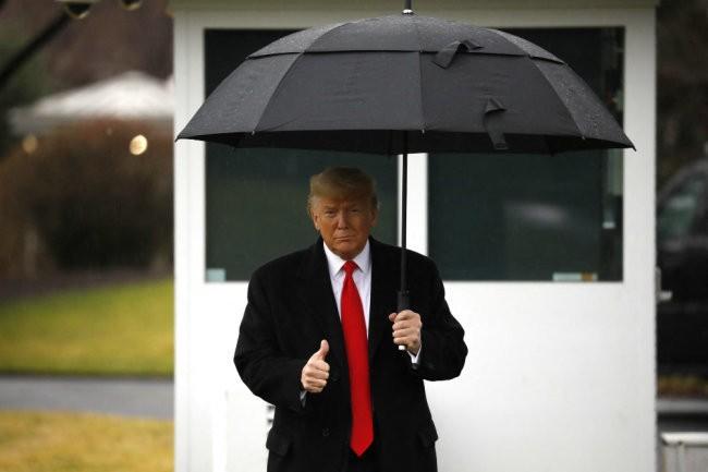 В Белом доме начали составлять списки противников Трампа