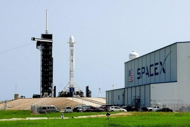SpaceX получила новый контракт от Пентагона