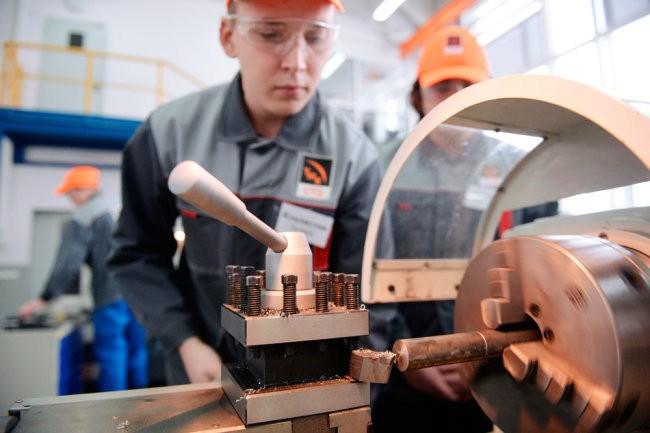 На Урале активно внедряется нацпроект по производительности труда