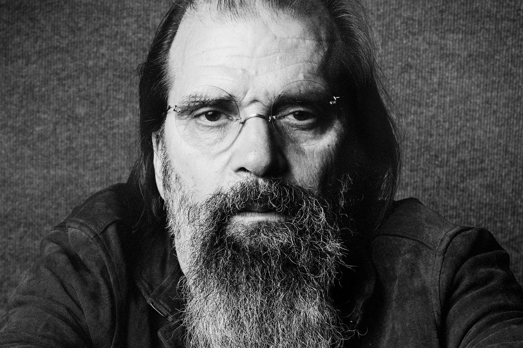 Steve Earle & the Dukes' 'Ghosts of West Virginia' Offers a Powerful Image of American Tragedy