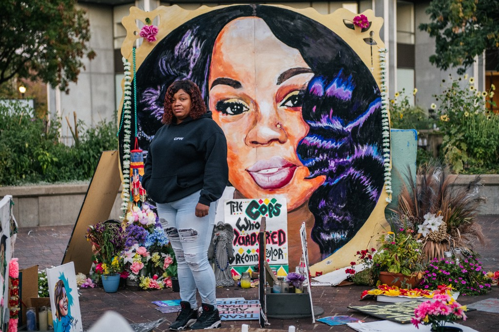 The Charges Against the Louisville Cop Involved in the Killing of Breonna Taylor, Explained