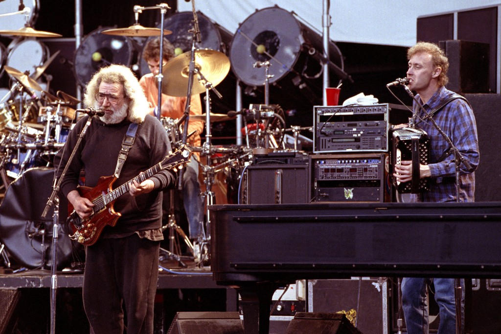 Bruce Hornsby Looks Back on Jerry Garcia's Last Days: 'I Miss Him So Much'