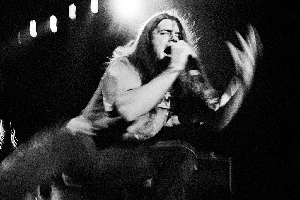 See Shannon Hoon Record Blind Melon's 'No Rain' in 'All I Can Say' Doc Trailer