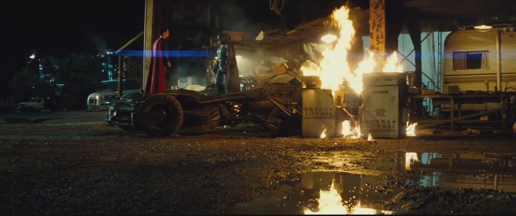 'Batman v Superman: Dawn of Justice' Shares Epic Trailer
