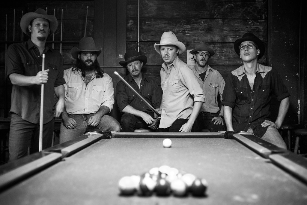 Mike and the Moonpies Cover Gary Stewart on New Album 'Touch of You'