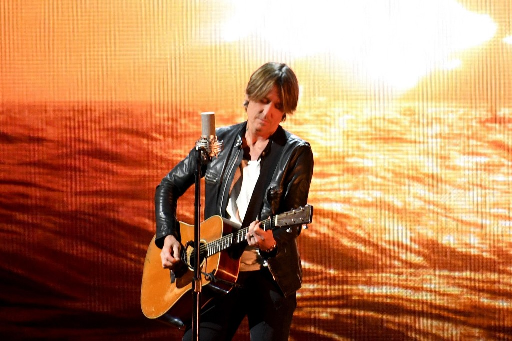 Watch Keith Urban Livestream Concert From His Basement