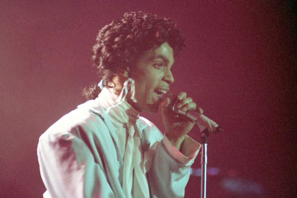 Hear Prince's Unreleased 'I Need a Man' From 'Sign O' the Times' Reissue