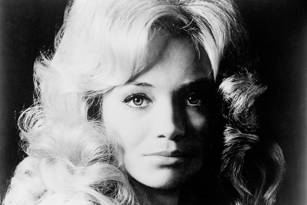 How Barbara Mandrell's 1977 Hit 'Sleeping Single in a Double Bed' Got a Dance Remix