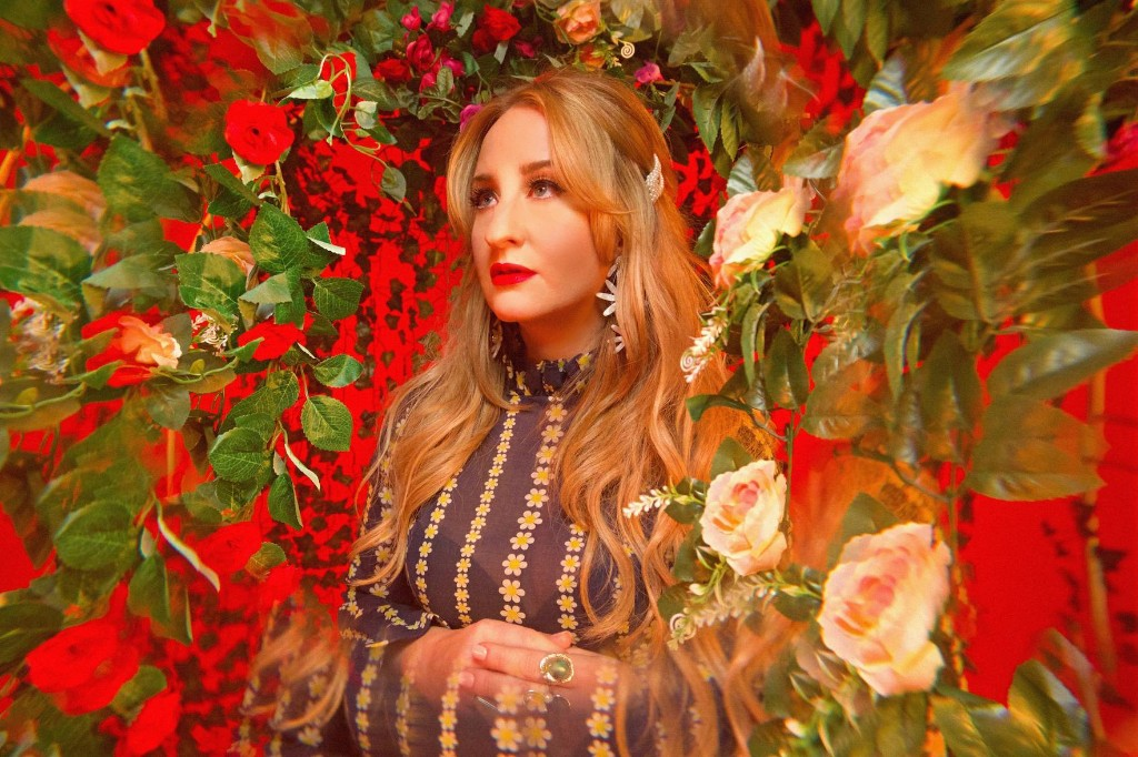 Watch Margo Price Cover Joni Mitchell's 'River'