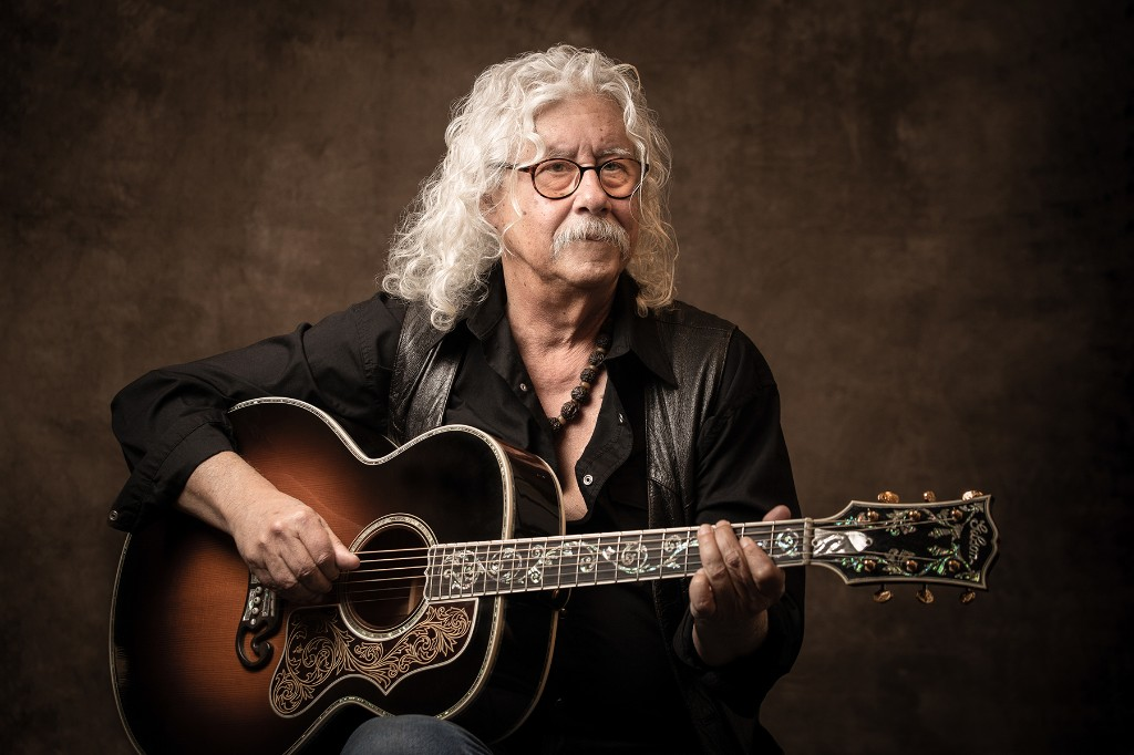 Arlo Guthrie Unveils Pandemic-Inspired Stephen Foster Cover 'Hard Times Come Again No More'