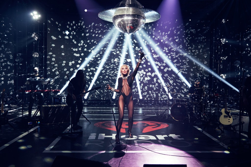 Miley Cyrus Releases Raucous Live Cover of 'Heart of Glass'
