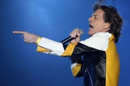 The Rolling Stones Let It Loose, Troll Trump at Massachusetts Gig