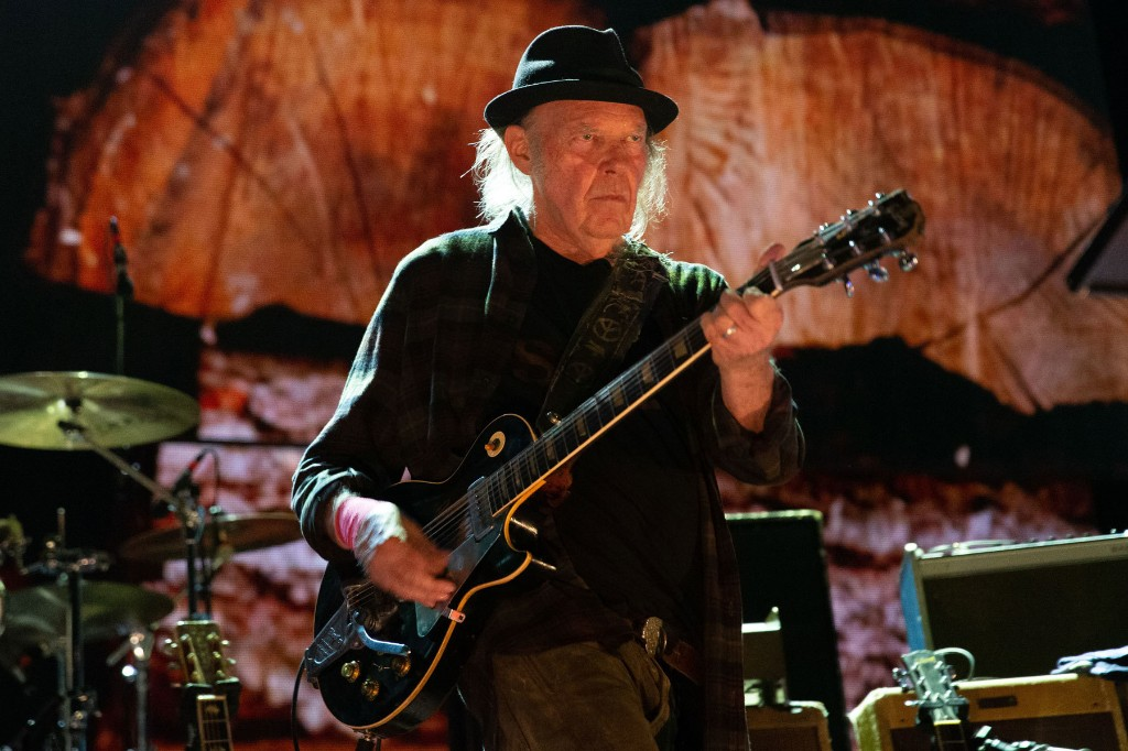 Watch Neil Young's Rarity-Packed Fireside Session