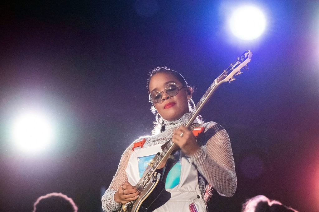 H.E.R. Launches 'Girls With Guitars' Instagram Live Series