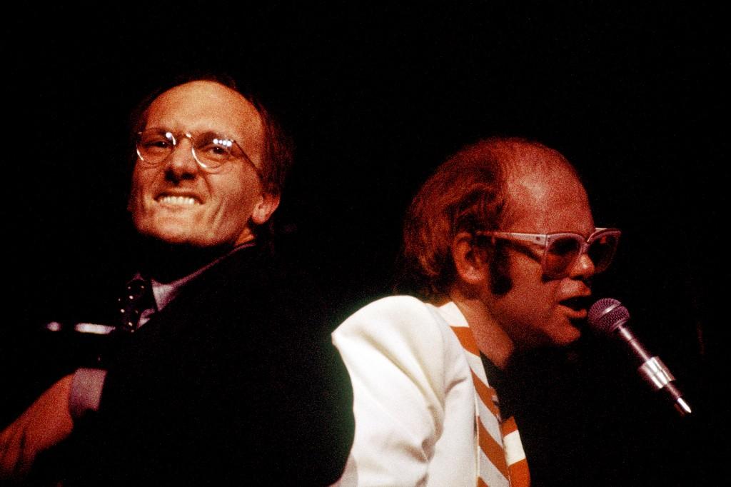 Flashback: Elton John Plays 'I Feel Like a Bullet (in the Gun of Robert Ford)' in 1977