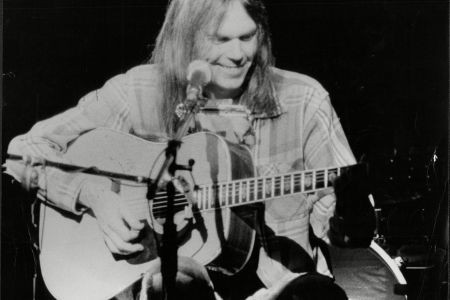 Lost Neil Young, Joni Mitchell Concert Recordings From 1968 Unearthed