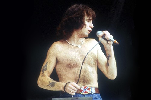 Flashback: Bon Scott Owns the Stage With AC/DC in 1979