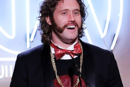 T.J. Miller Arrested for Allegedly Reporting Fake Bomb Threat