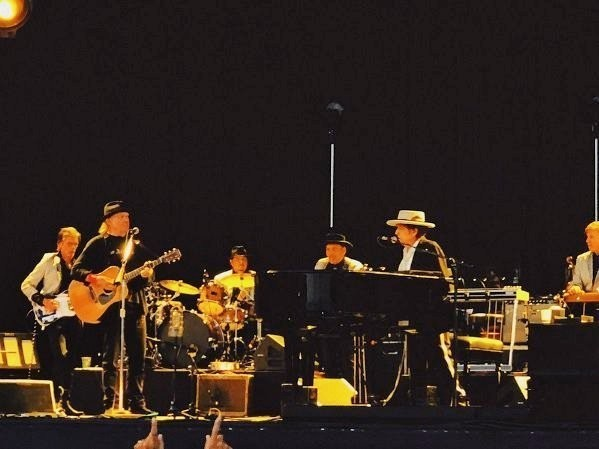 See Bob Dylan and Neil Young Duet for First Time Since 1994