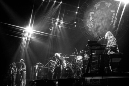 Grateful Dead: Unreleased Tracks Highlight New Live LP 'Ready or Not'
