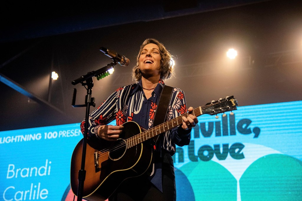 Brandi Carlile Pays Tribute to John Prine With 'Summer's End'