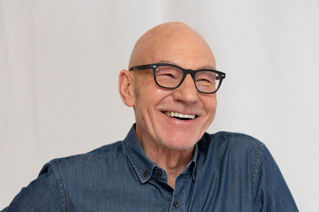 Patrick Stewart to Detail Childhood, Acting Career in Upcoming Memoir