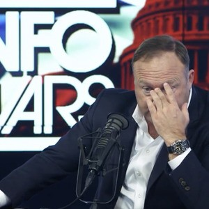 """""""He's crapping all over us!"""": Alex Jones slams Trump in tearful meltdown over Syria"""