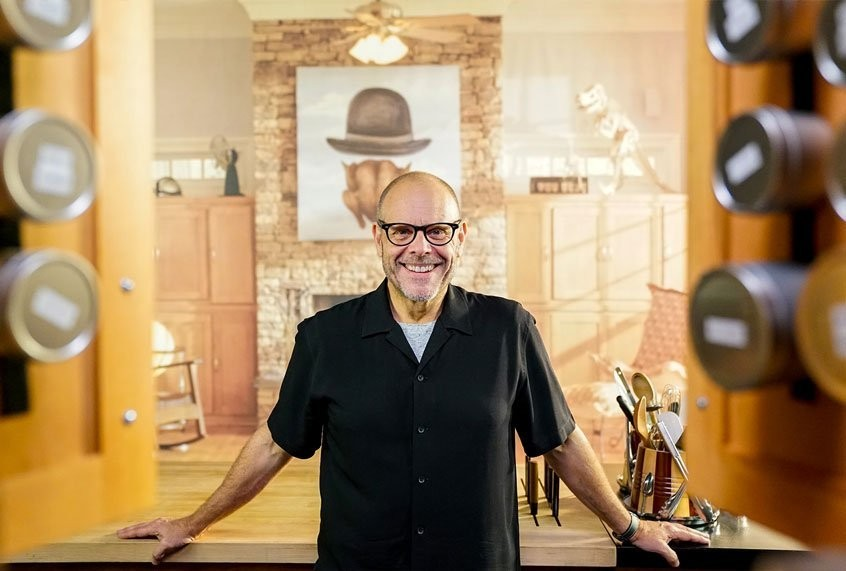 """""""I don't like chicken breasts"""": Alton Brown on what to grill, from skirt steak to bone marrow"""