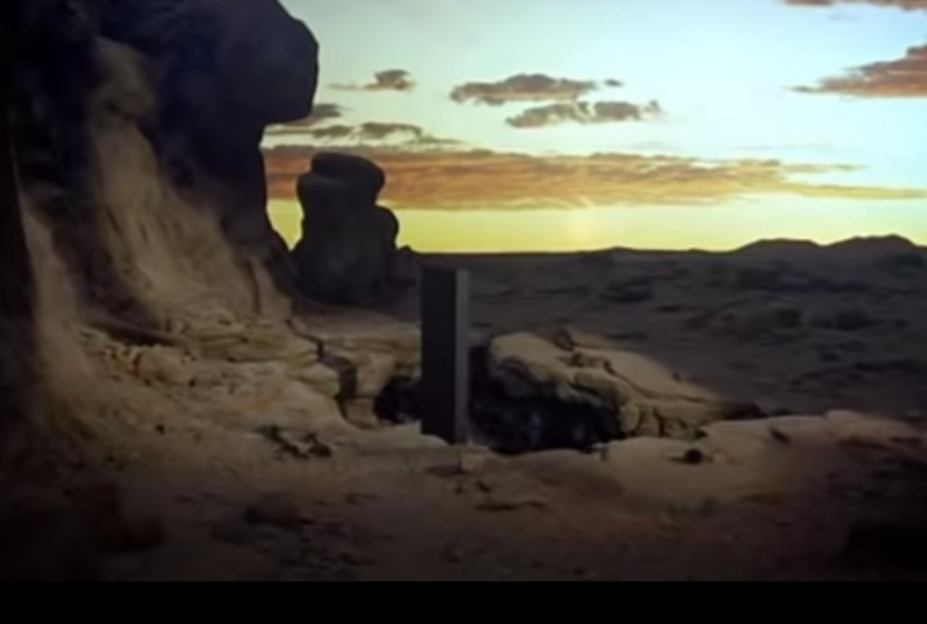 "Monolith discovered in Utah desert has everyone buzzing over ""2001: A Space Odyssey"""