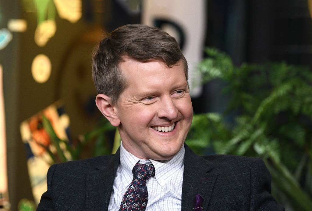 "Ken Jennings' past tweets mocking the disabled surface after ""Jeopardy"" guest hosting announcement"