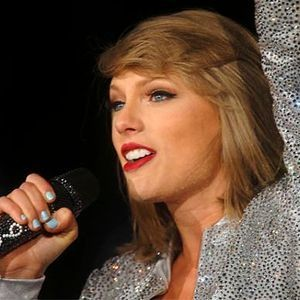 5 times Taylor Swift embarrassed herself