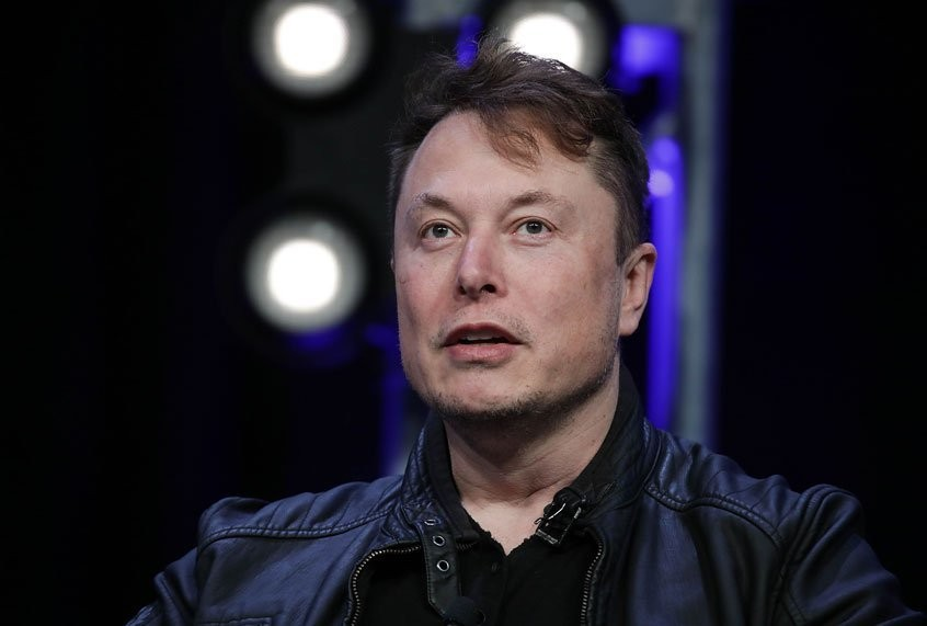 Billionaire CEO Elon Musk gets a nine-figure payout as economy sputters