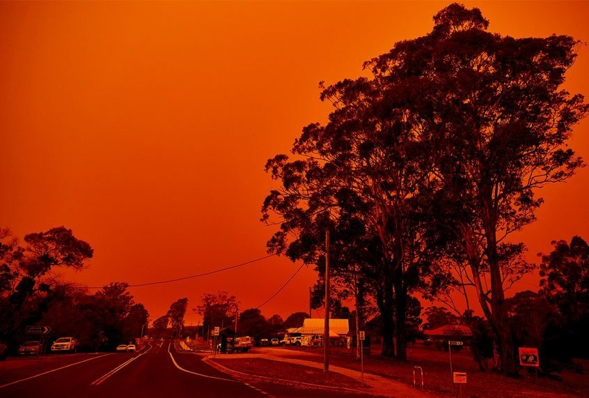Why west coast wildfires are turning the skies red