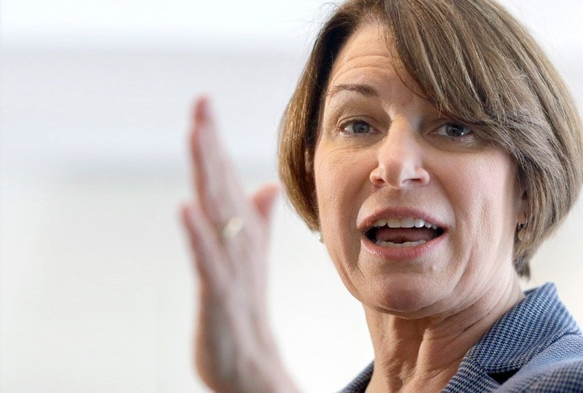 Amy Klobuchar didn't prosecute cop who used knee to pin George Floyd. He may escape charges again