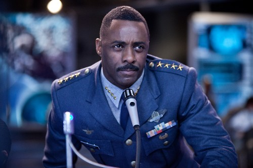 'Pacific Rim' review: epic, ambitious, and accessible